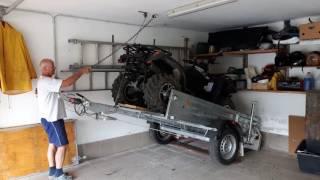 Quad, Anhänger und Auto platzsparend in Garage