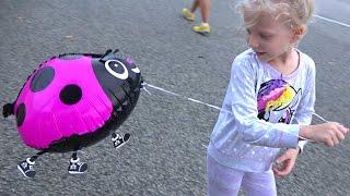 Большой влог #3 Один День из Жизни в Сингапуре Детский батутный парк По-ро-ро веселые детские шарики
