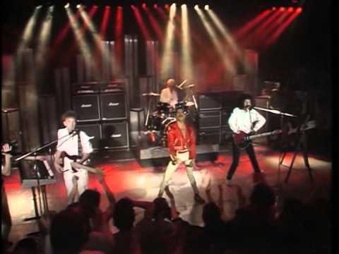 Queen - Radio GaGa - Montreux 1984 [Full Version Merge]
