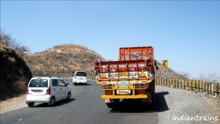india tour@expressway-driving in the mountains on mumbai-pune-satara express highway - maharashtra