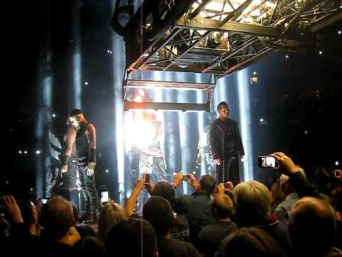28.11.11 Rammstein - Intro/Sonne - Hamburg, O2-World