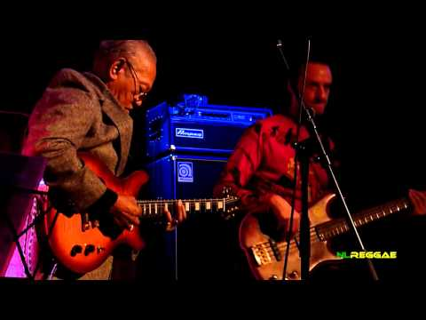 """ERNEST RANGLIN """"Lively Up Yourself"""" People's Place, Amsterdam 2011"""