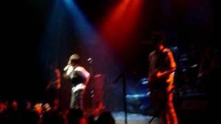 Yo anuncio - Babasonicos en Montevideo - Uruguay 06/2009