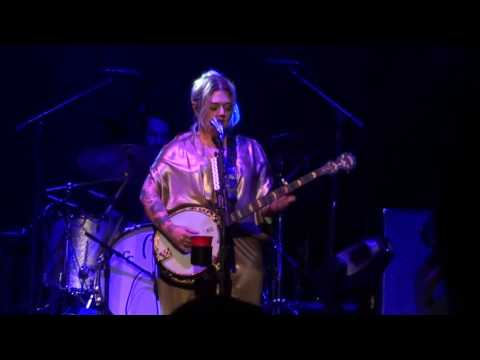 Elle King Ministry Tour @ Beacon Theatre 11/23/16 - FULL SHOW
