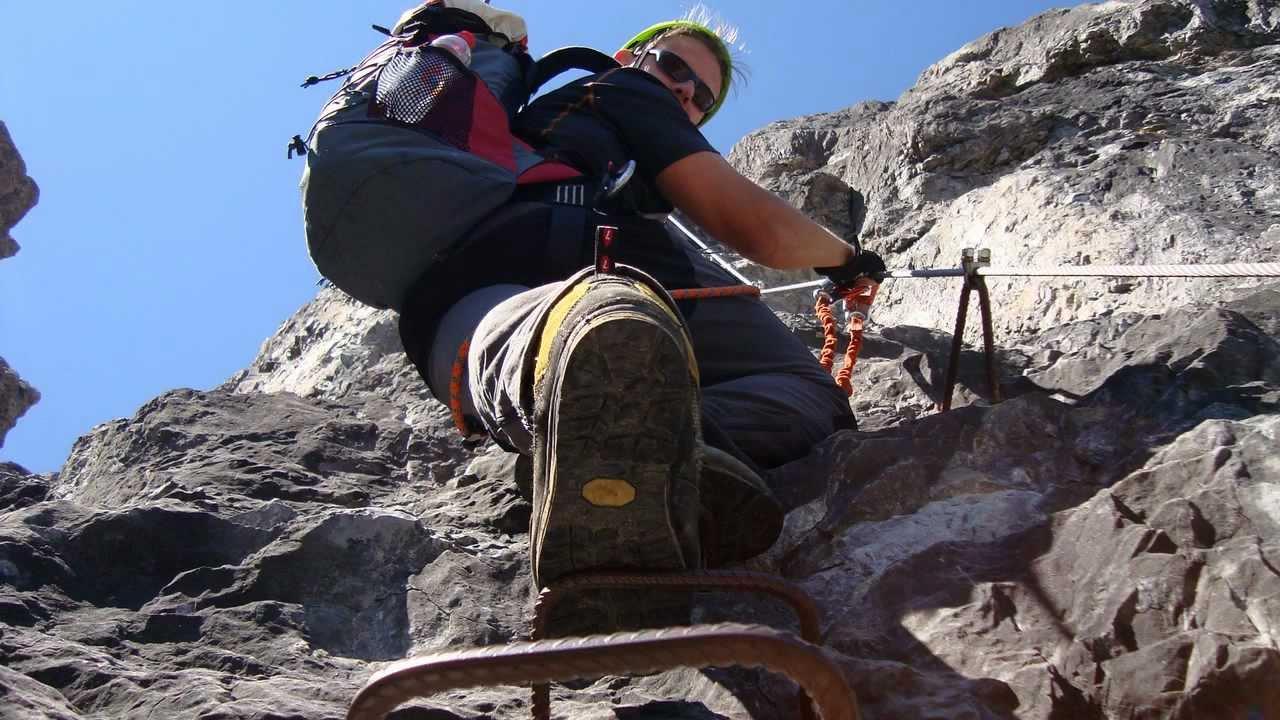 Klettersteig Saulakopf : Saulakopf ostwand klettersteig e youtube