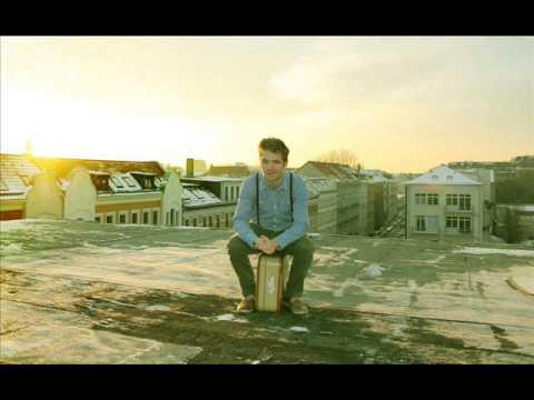 Liftboi Scheeks feat Les Choristes