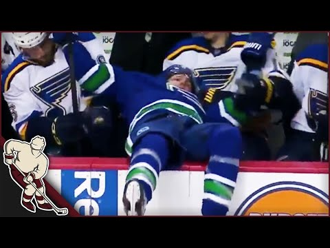 NHL: Into the Bench