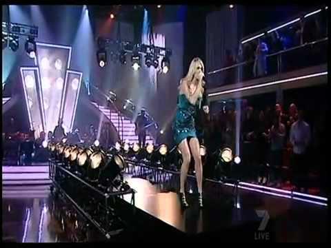 Carrie Underwood / Undo It (Live Performance in Australia)