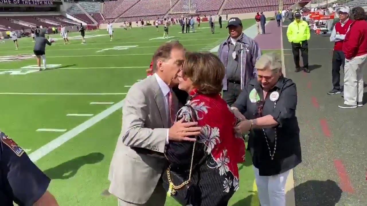 Nick Saban give lucky kiss to wife Terry before Texas A&M ...