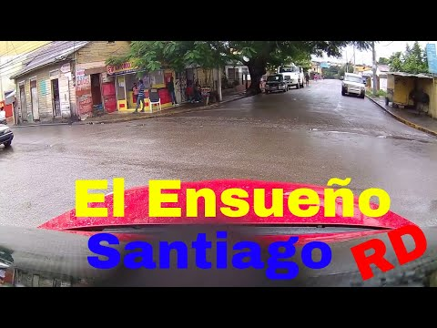 Driving Downtown - El Ensueño - Santiago - Dominican Republi
