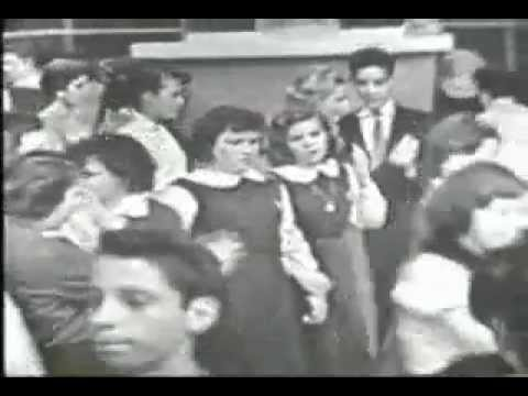 Danny & the Juniors - At The Hop (American Bandstand 1958)