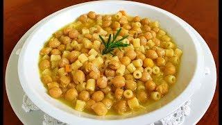 Pasta E Ceci Della Nonna Di Rita Chef Piatto Tipico Della Tradizione Italiana. Genuino E Salutare.