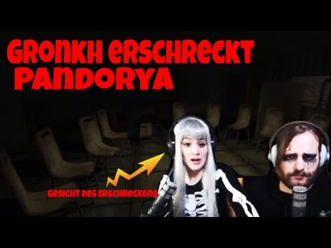 Gronkh erschreckt Pandorya in Stairs - YouTube