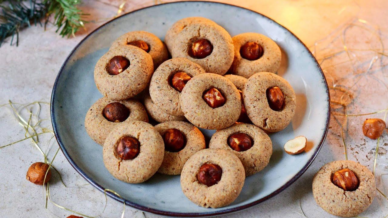 Soft Hazelnut Cookies   Easy German Christmas Cookie Recipe