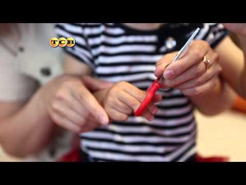Как научить малыша пользоваться ножницами. Мамина школа. ТСВ скачать
