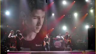 Nick Jonas Who I Am.wmv