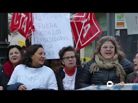VÍDEO: Las limpiadoras de los institutos en huelga convocan manifestación para el martes 7 de enero