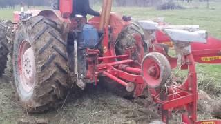 Tractor Same Leone la arat cu plug reversibil