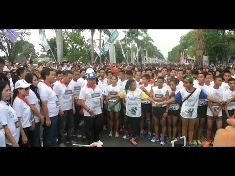 Festival Pesona Selat Lembeh 2016 sesi Colorful Bitung Run 10K