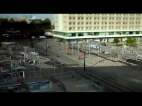 Telecom Werbung Herbst 2009  in Slow-Motion with Full Song
