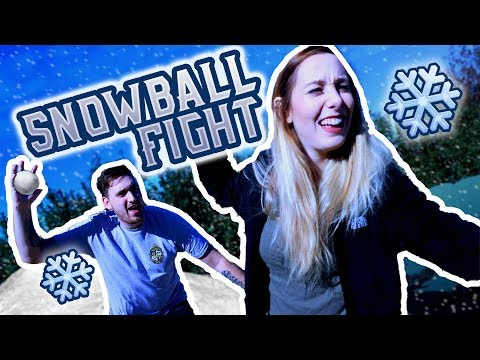 GIRLFRIENDS FIRST SNOWBALL FIGHT! (FIRST TIME SEEING SNOW) ❄