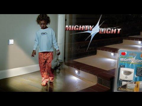 Светодиодный светильник с датчиком движения и освещенности Mighty Light