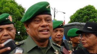 Download Video Denny Siregar ADA APA, PANGLIMA? MP3 3GP MP4