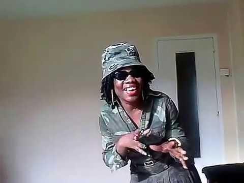 Je danse Majoie Ayi artiste de talent camerounaise