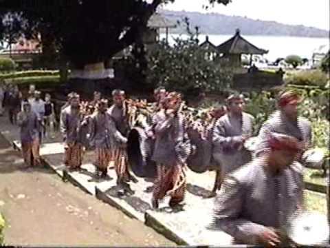 Bali, Indonesia: Hindu Temples, Ceremonies & Theatre