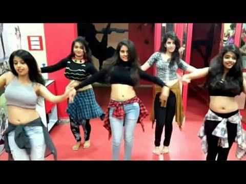 solid body haryanvi song girls dance