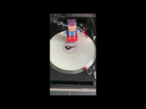 BAD HITTENTIT! - Urbanus Feat. DJ Fleddy Melculy