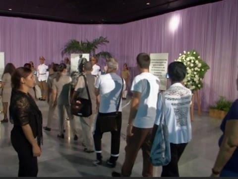 Raw: Mourners Bid Farewell to Castro in Havana