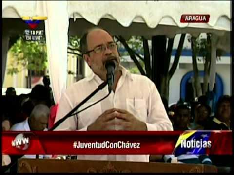 Ministro Pedro Calzadilla como orador de orden en el Día de la Juventud, 12 de febrero de 2013
