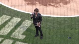 Charice sings