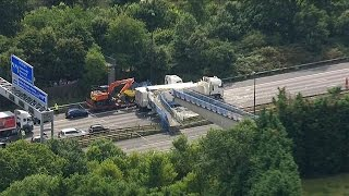 UK: M20 bridge collapse causes travel chaos