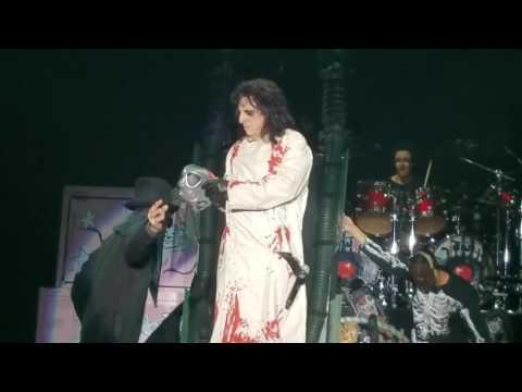 Alice Cooper  Feed My Frankenstein   Tour 2017  Salem Virginia