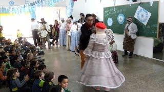Baile Tradicional en Jardín de Infantes de Escuela José María Paz