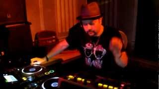 "KING OF HOUSE MUSIC ""LOUIE VEGA"" at DJOON CLUB PARIS MAY 2012"