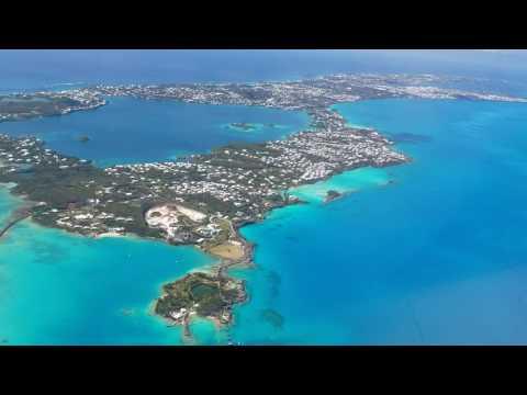Leaving Bermuda in the 2015 Embraer Phenom 300 April 2017