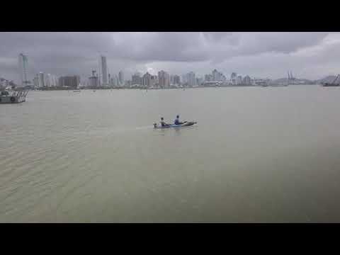 CAIAQUE EXPLORER FISHING COM MOTOR JET TURBO PRÓ