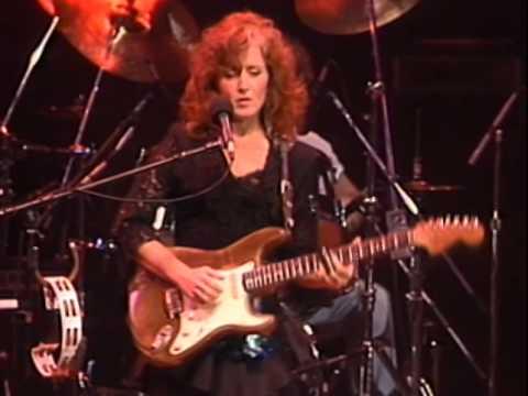 Bonnie Raitt - Have A Heart - 11/26/1989 - Henry J. Kaiser Auditorium (Official)