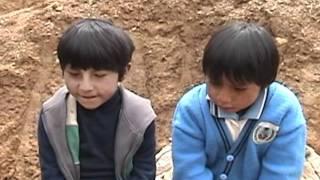 Baixar Niños y niñas alto andinos de paucartambo y colquepata en Cusco Perú Proyectos Educativos