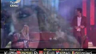Hande Yener - Bambaşka 2010&Yepyeni Şarkı