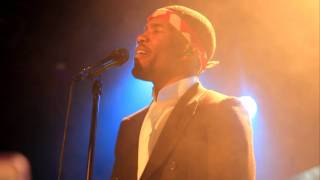 "Frank Ocean sings ""thinking about you""@Bowery ballroom"