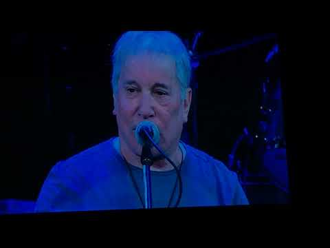Harvey Concert - 9 out of 10 - Paul Simon with Edie Brickell