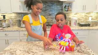 GREEDY GRANNY GAME Toy Game Challenge Shasha and Shiloh   Onyx Kids