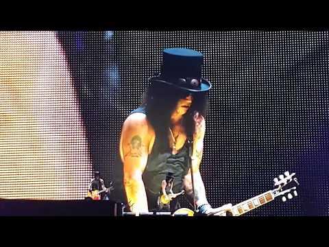 Keren,, Permainan Gitar Slash Di Konser Paris Juni 2017