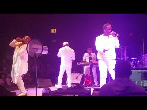 BOYS II MEN  Down on bended knee LIVE