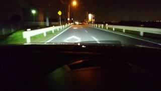 オートライトでハイビームにセットでの作動状況です。