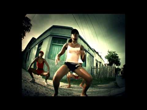 Clockwork vs Million Stylez - Miss fatty Squad Up (Torro Torro Remix/Vocalteknix Mashup)